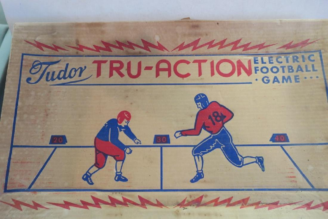 TUDOR TRU ACTION 1949 Electronic Football Game: - 2
