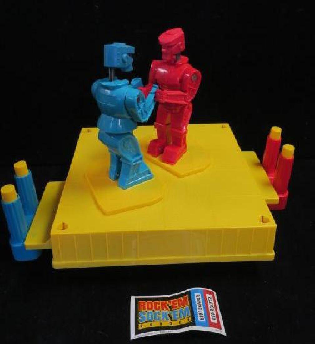 2008 Edition of Rock'em Sock'em Robots: - 2
