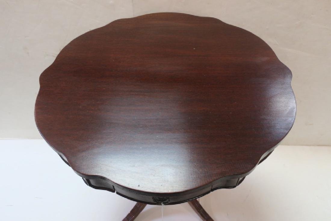 Mahogany Scalloped Top Pedestal Table with Drawer: - 3