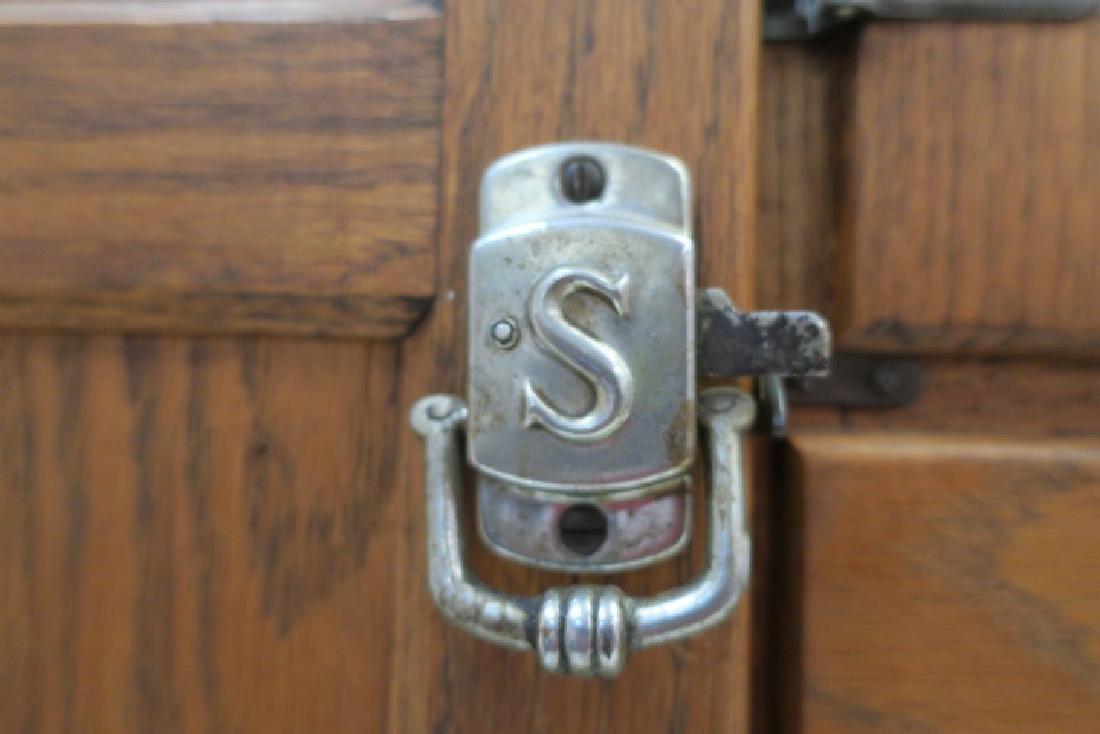 GI SELLERS Oak Hoosier Kitchen Cabinet: - 5