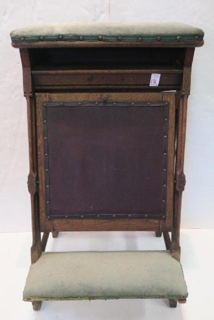 Vintage Oak Padded Kneeler Prie-Dieu: - 4