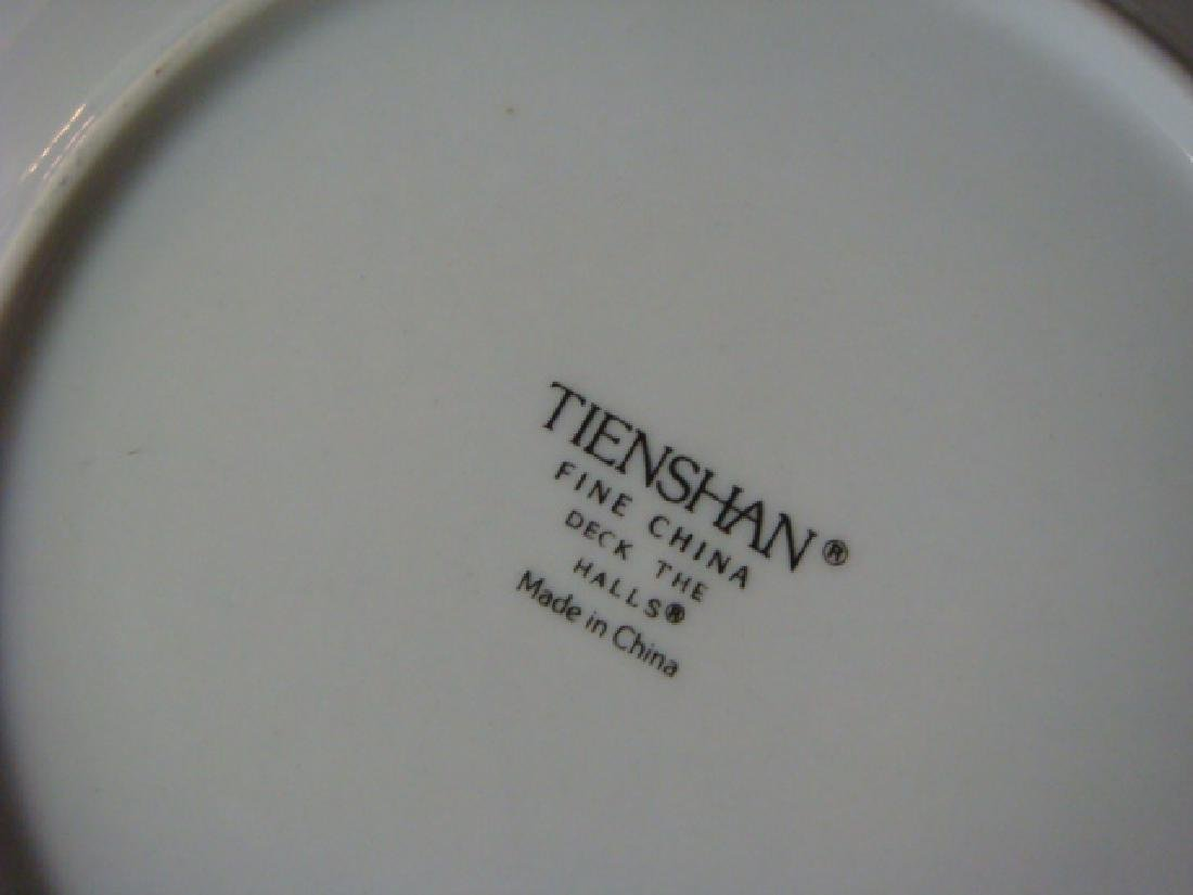 "TIENSHAN ""Deck the Halls"" 12 Days of Christmas Plates: - 3"