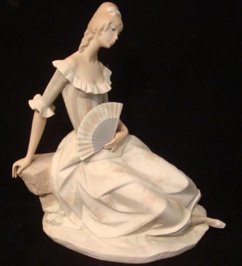 "LLADRO ""Lady with Fan"" Porcelain Figurine:"