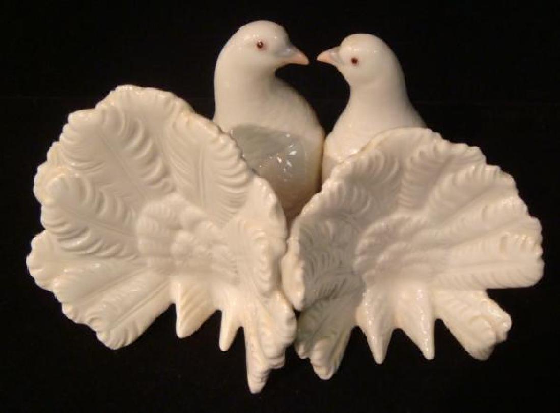 Two LLADRO Porcelain Dove Lovebirds: - 2