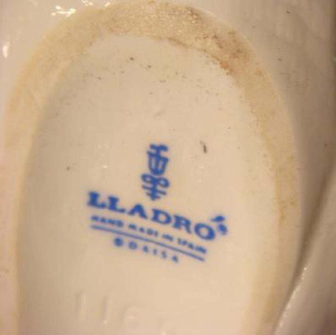 Two LLADRO Porcelain Dove Lovebirds: - 3