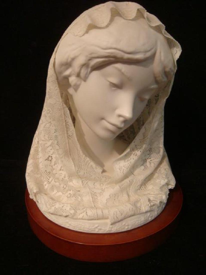 """LLADRO Porcelain Lace """"Small Bust with Veil"""":"""