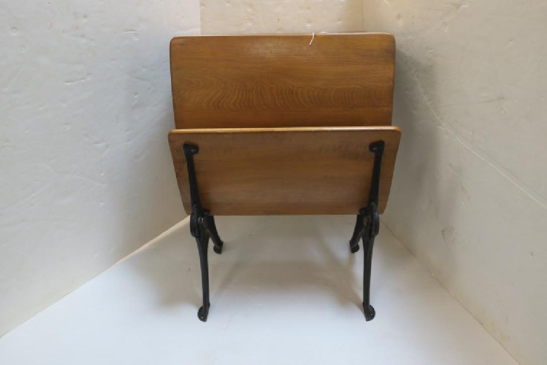 Childs Single Seat Vintage School Desk: - 3