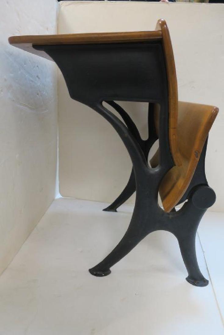 Childs Single Seat Vintage School Desk: - 4