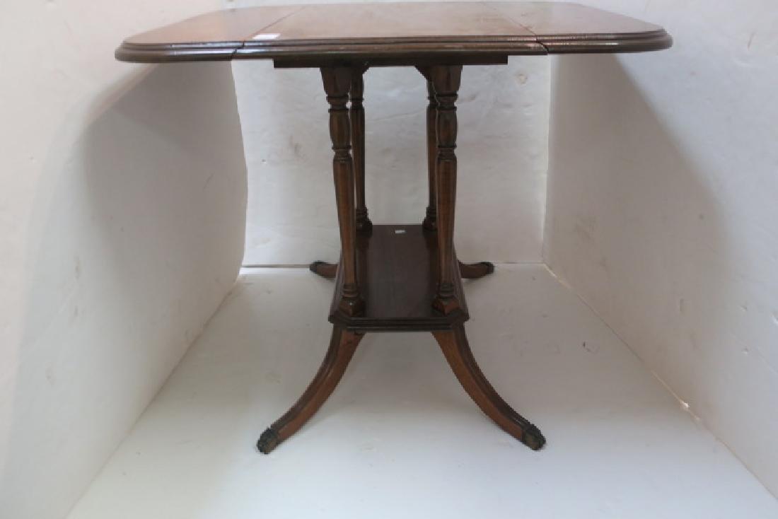Duncan Phyfe Oak Drop Leaf Platform Side Table: