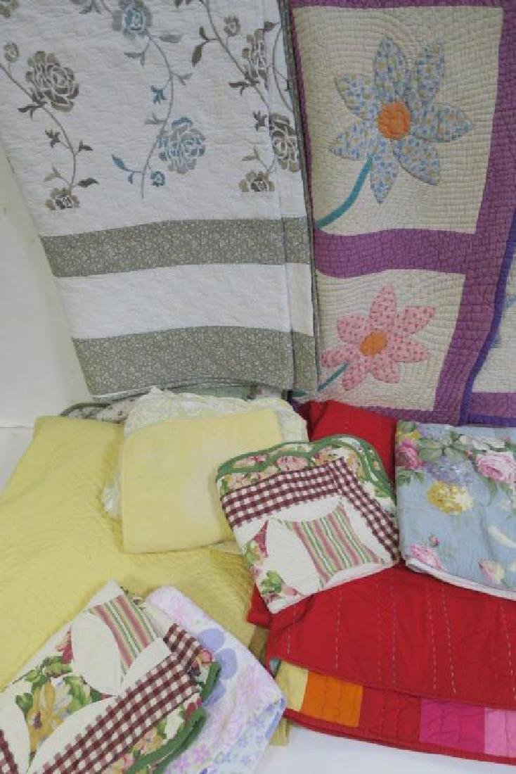 Lot of 5 Vintage Quilts, Some with Pillow Shams