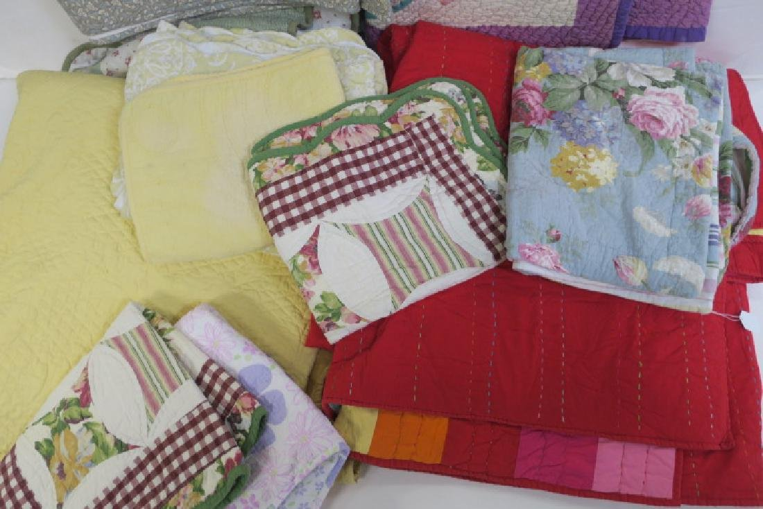 Lot of 5 Vintage Quilts, Some with Pillow Shams - 3