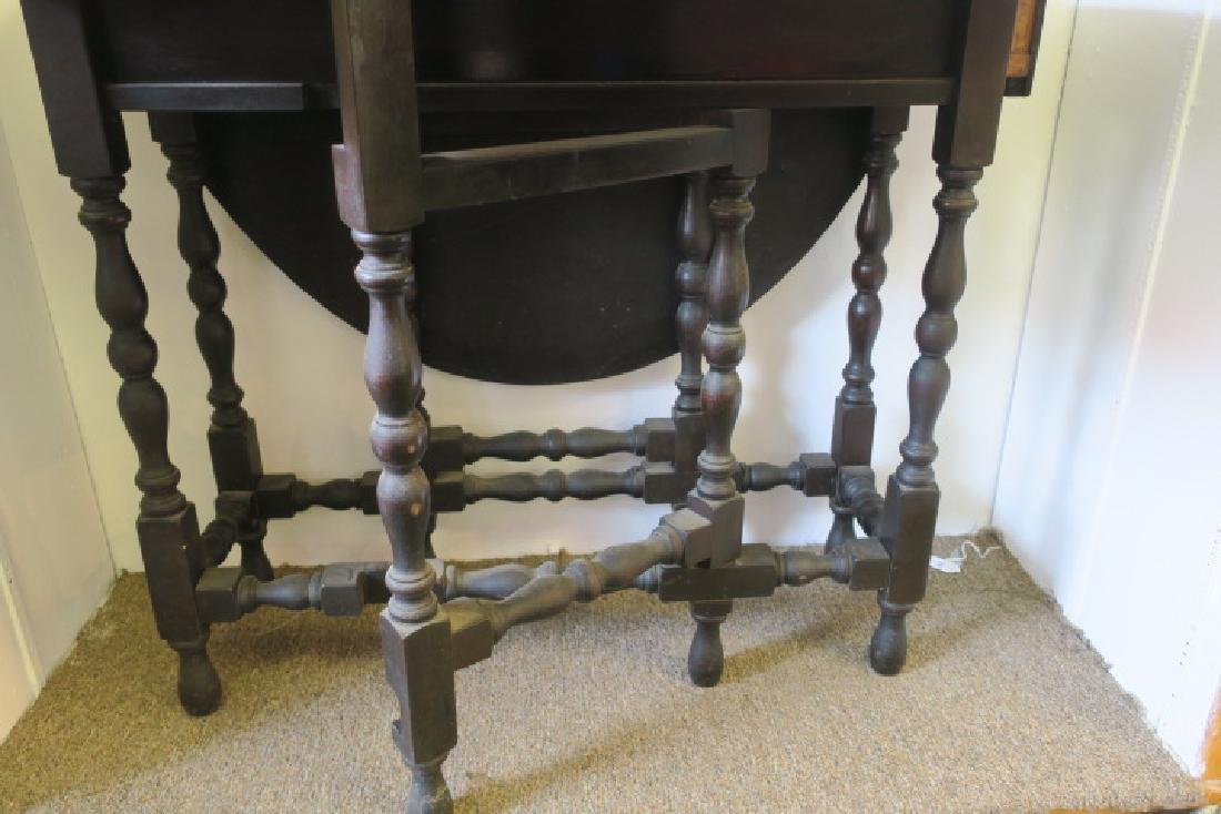 Antique English Dark Walnut Gate Leg Table: - 2