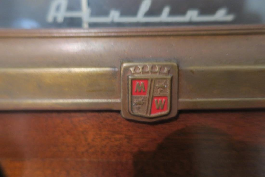 1950-1960 AIRLINE Tube Radio/Phonograph Console: - 5
