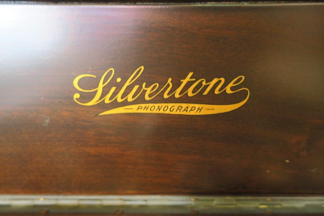 Floor Model Silvertone Antique Phonograph: - 3