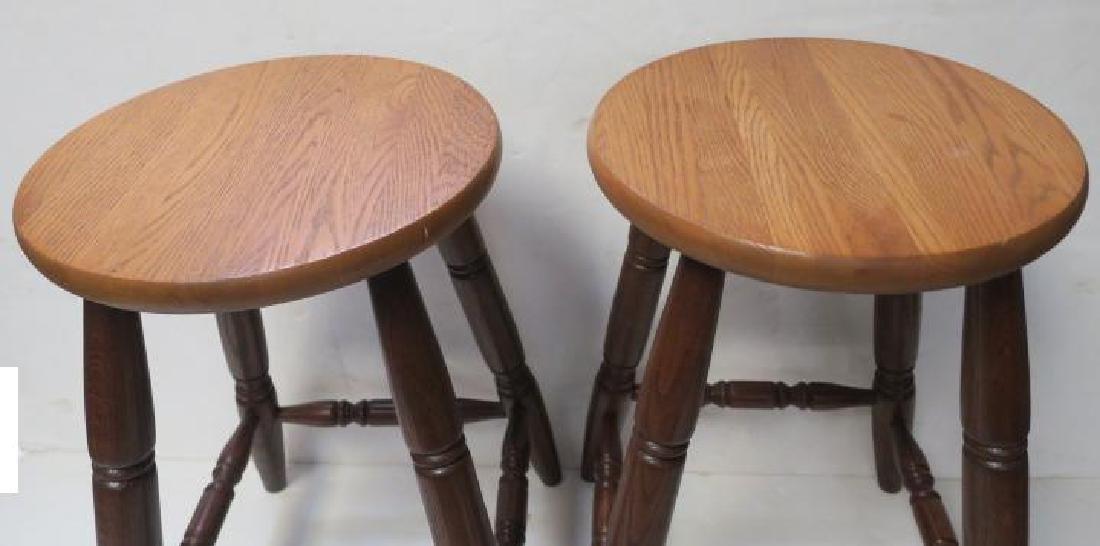 CANADEL Oak Step Back Hutch and 2 Bar Stools: - 4