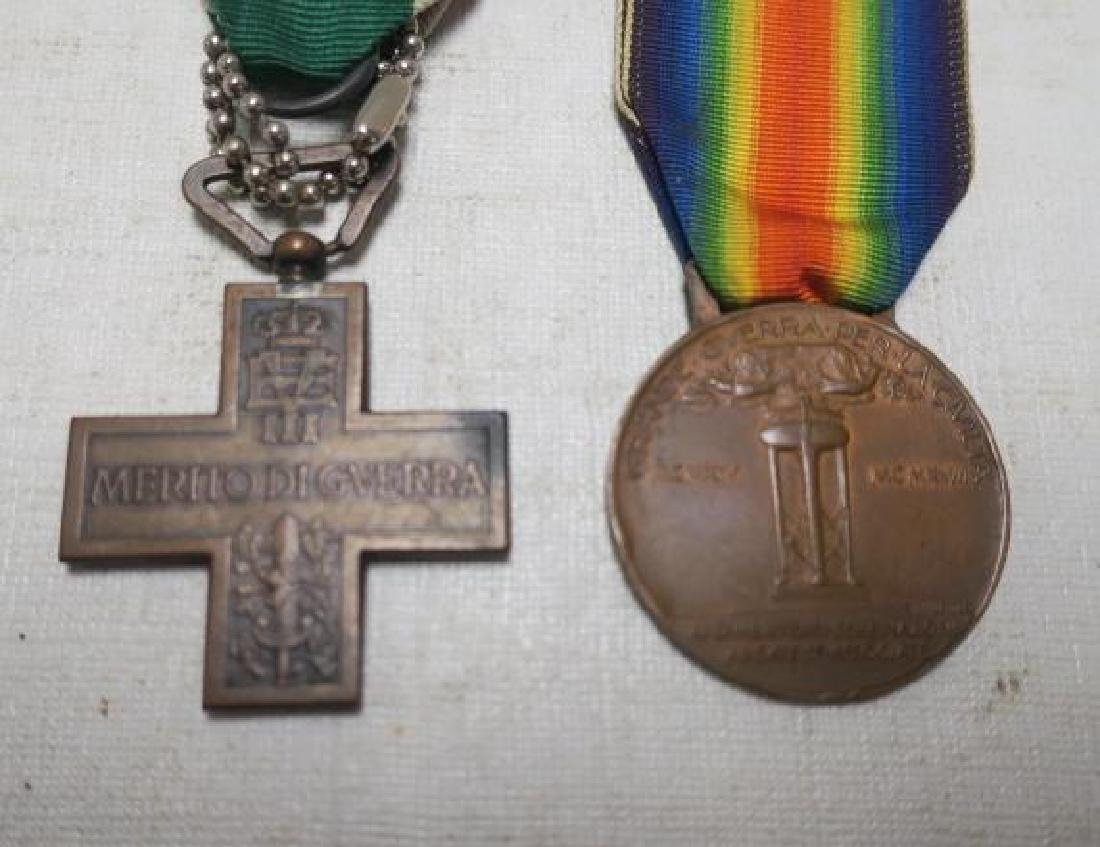 Two Italian World War One Medals; Heroism & Victory: - 2