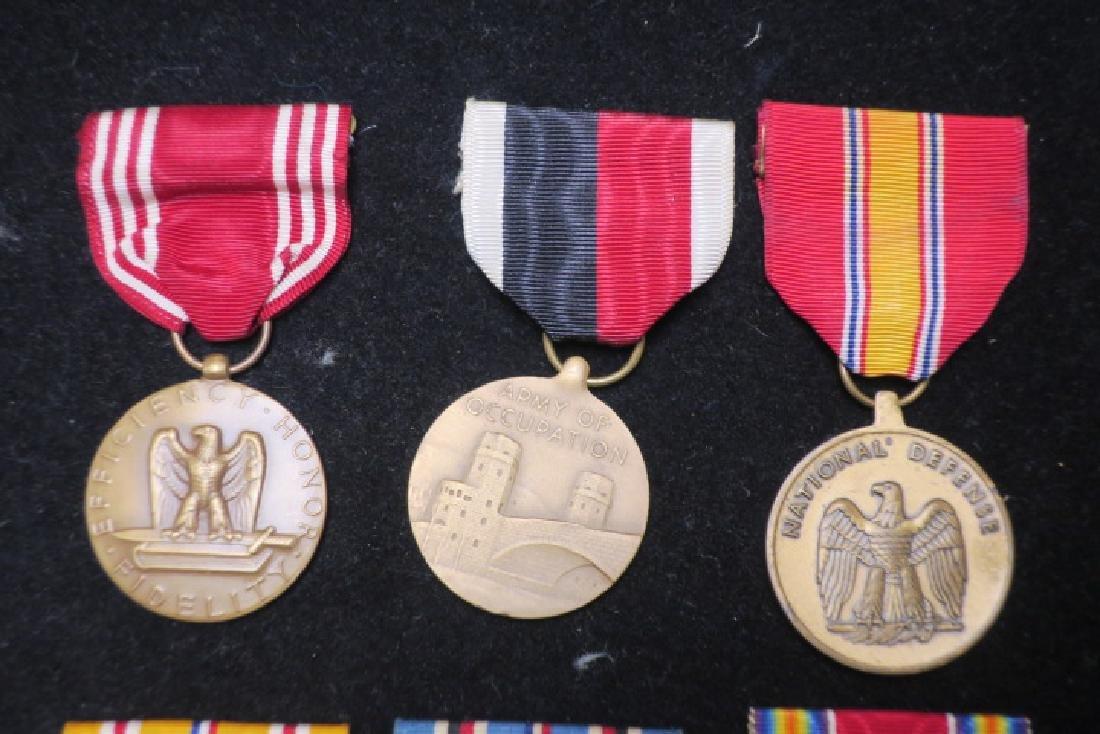 US Army World War II Six Medal Set: - 4