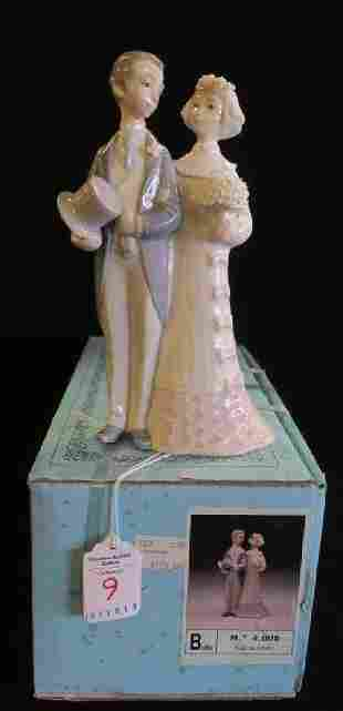 LLADRO Bride and Groom Cake Topper with Box