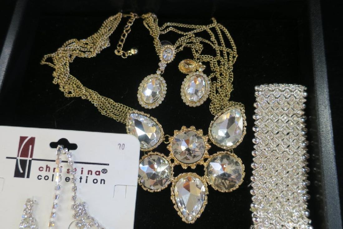 Collection of Ladies Costume Jewelry: - 2