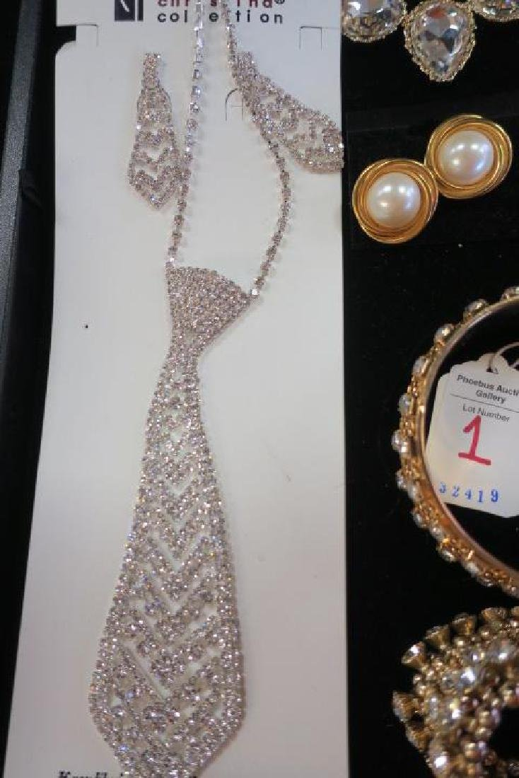 Collection of Ladies Costume Jewelry: - 3