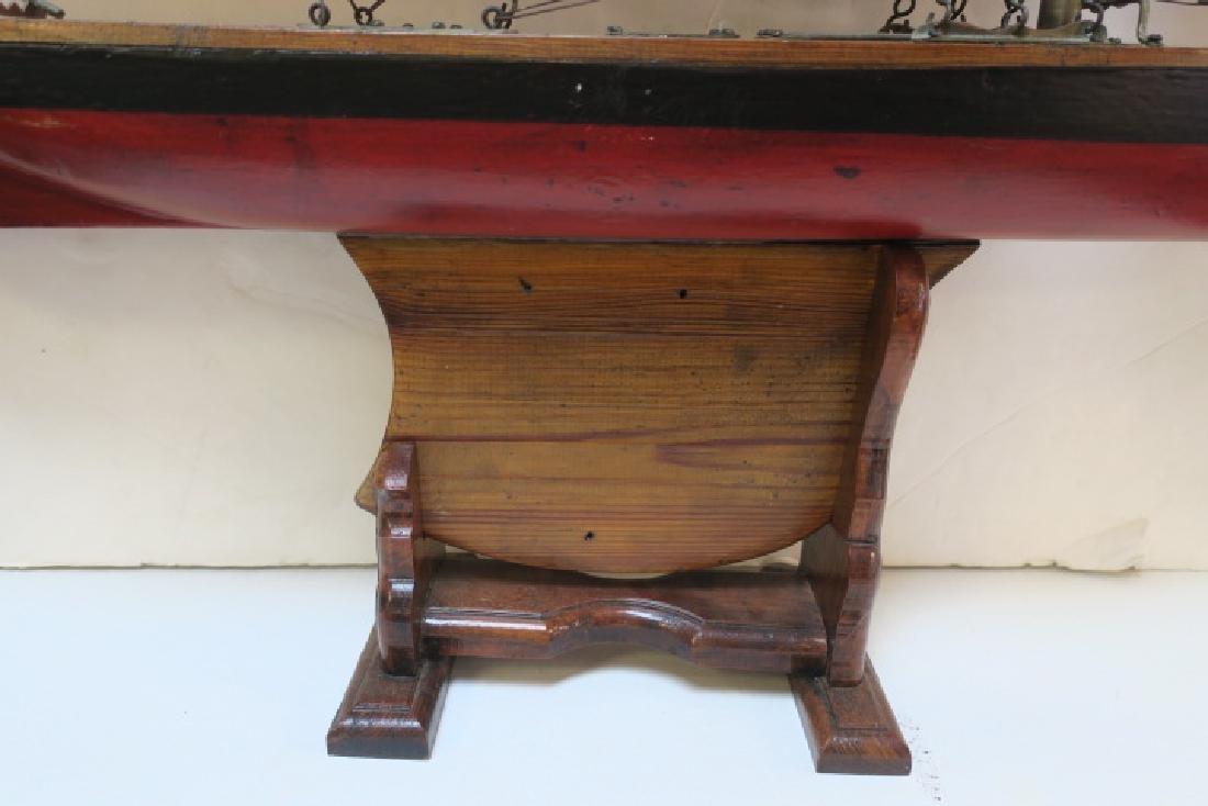 Antique Gaff Rigged Racing Sloop Wooden Model: - 6