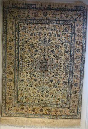 NAIN Silk and Wool Hand knotted Persian Area Rug