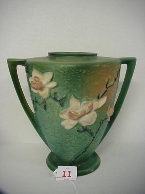 11: ROSEVILLE Magnolia 1940 Green Double Handle Vase