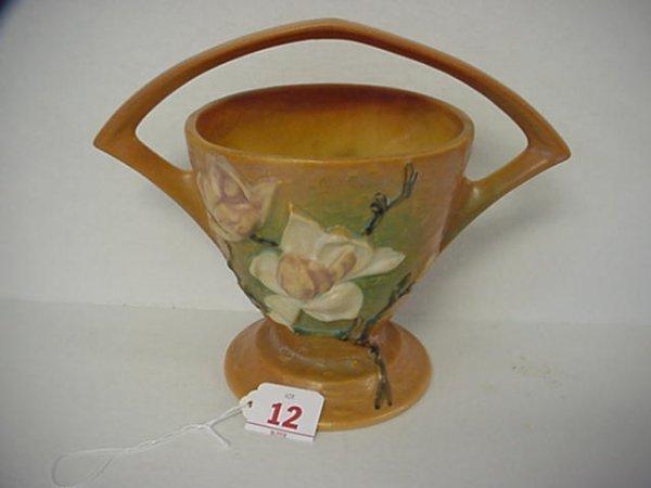 12: ROSEVILLE Magnolia 1940 Tan Basket 384-8:
