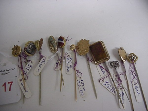 17: 28 Gold and Silver Vintage Stick Pins: