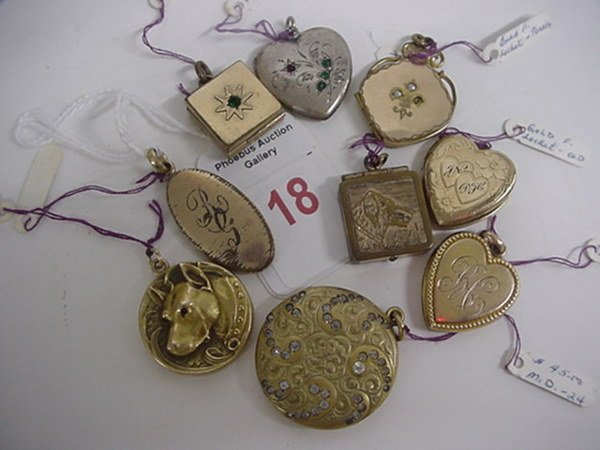 18: 9 Gold and Silver Vintage Lockets and 4 Gold Crosse