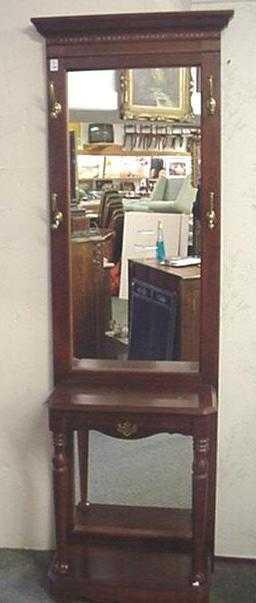 164 Mahogany Pulaski Furniture Mirror Back Hall Tree