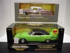 1035: 2 Diecast Metal 1/18 Scale Model Cars: