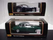 1095: 2 Diecast Metal 1/18 Scale Model Cars: