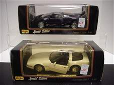 1113: 2 Diecast Metal 1/18 Scale Model Cars: