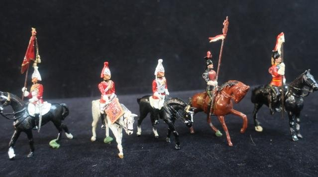 BRITAIN'S Five Mounted English Cavalry: