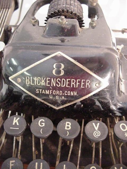 6: BLICKENSDERFER Model 8 Portable Typewriter: - 2