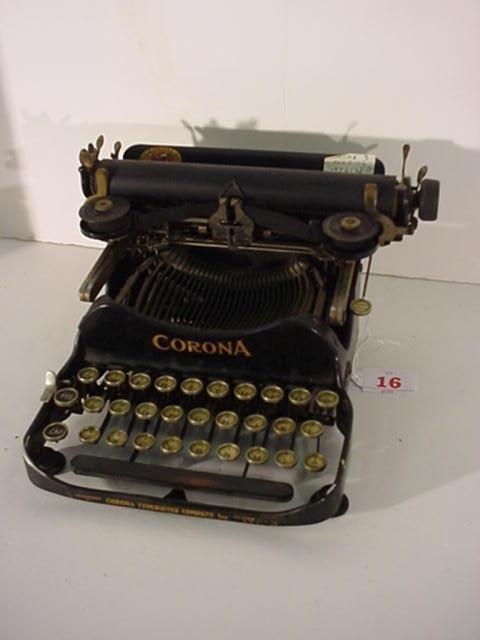 16: CORONA Folding Model 3 Portable Typewriter: