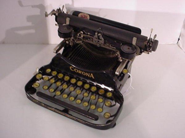 22: CORONA Folding Portable Typewriter: