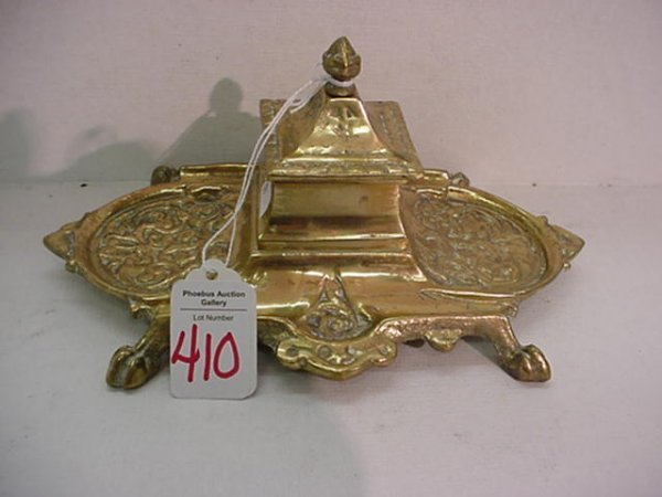 410: Cast Brass Single Well Inkwell: