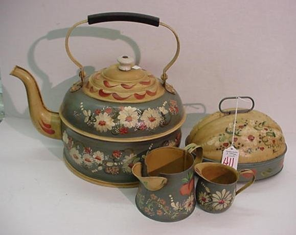 411: Tole Painted Kettle, Creamers and Mold: