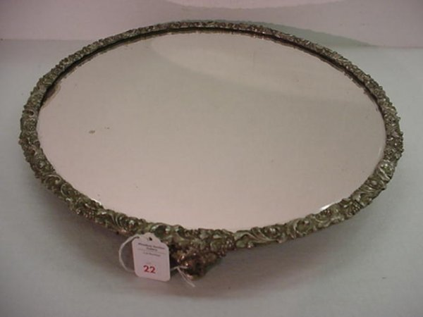 22: 1 Silver Plate Footed Mirror Top Plateau:
