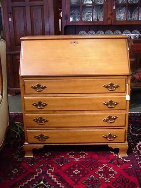 705: 4 Drawer Slant Front Maple Desk: