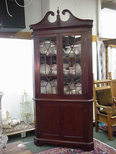 706: Formal Mahogany Double Door Corner Cabinet: