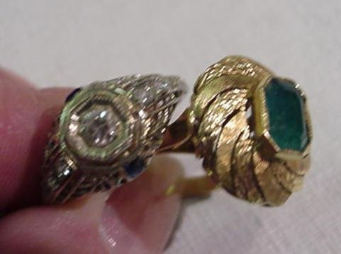 982: 18KT White Gold Diamond and Gold with Emerald Ring