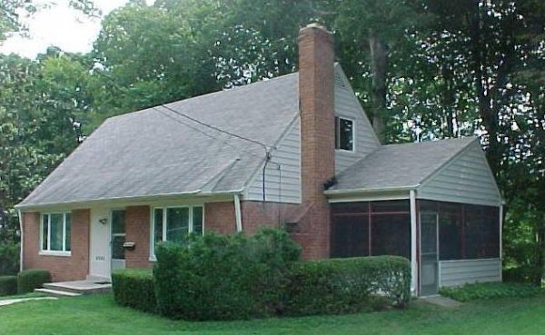 450: 5 Bedroom Home in Springfield Virginia on Large Wo