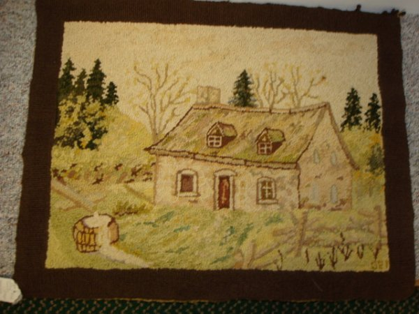 1520: Hand Hooked Country Cottage Rug: