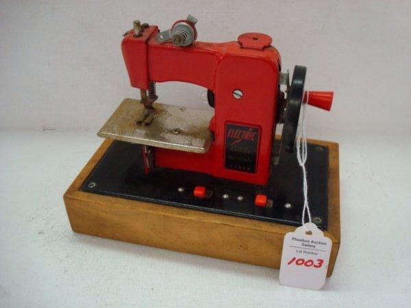 1003: LITTLE MODISTE Electric Miniature Sewing Machine: