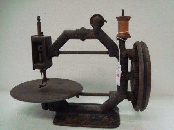 1005: Antique Iron and Steel Sewing Machine:
