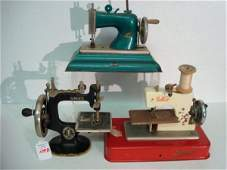 1098 3 Vintage Metal Childs Toy Sewing Machines