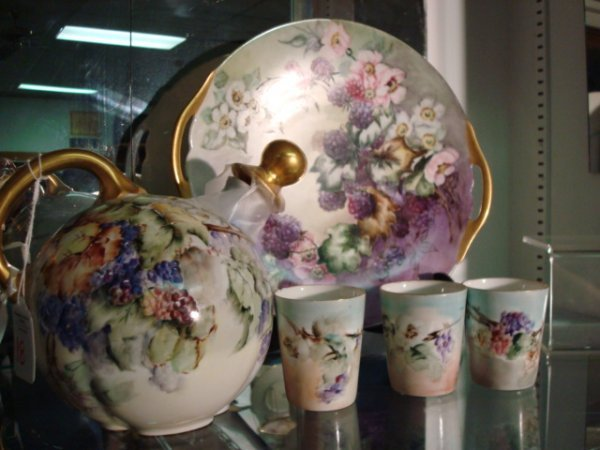 18: Hand painted Jug, Tumblers, D and Co. Cake Plate: